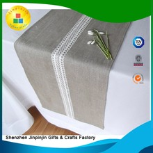 New product custom design disposable paper table runner