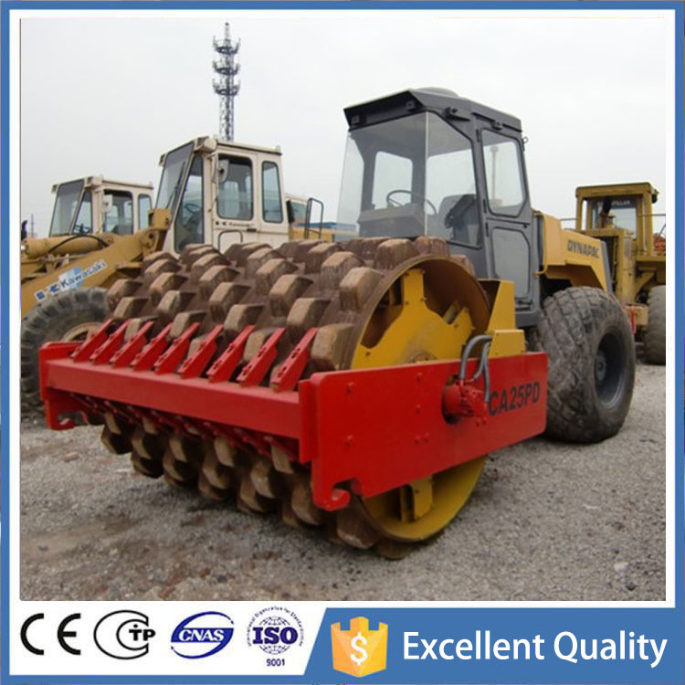 Sheep Foot Pad Used Road Roller CA25PD With Close Driver Cabin , Vibrator Dynapac Road Roller