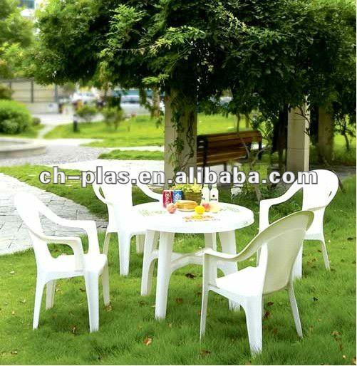 Plastic party tables and chairs