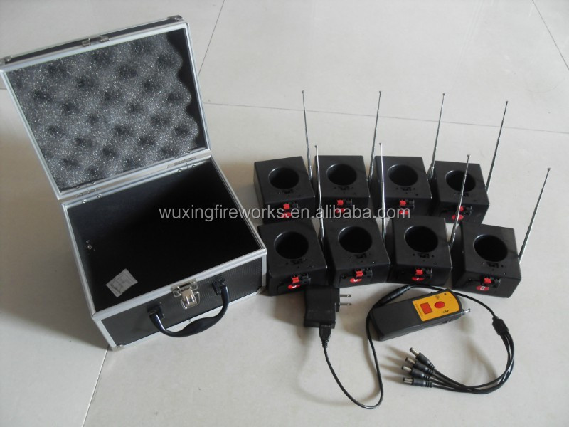 8 Channel remote firing system with Antenna +USB recharger with 8keys Control ( Stock Supply) BD08