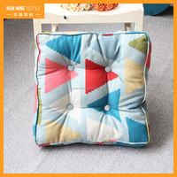 hot sale comfortable cotton double warp and weft fabric triangle fat pad pillow cushion seat pad