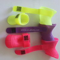 light and soft silicone rubber dog/cat rain boots/shoes with qr code