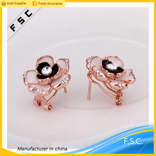 Latest gold earring design rhinestone unique fancy flower stud earrings for women