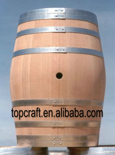 Oak Barrel with Black Hoop for Wine and Beer