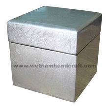 Eco-friendly handpainted vietnamese lacquered jewelry box in white silver leaf