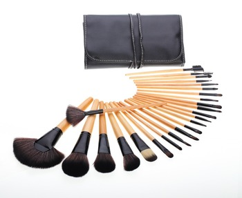 High Quality 24 Piece Natural Wood Professional Makeup Brushes Set
