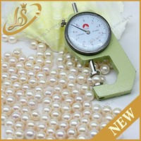 Hot sale white loose round natural freshwater pearl