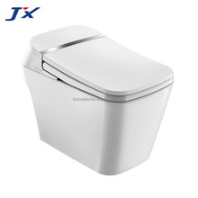 High Quality Automatically Water Toilet with soft close cover