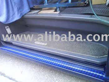 Toyota Hiace (kdh200) side door step cover