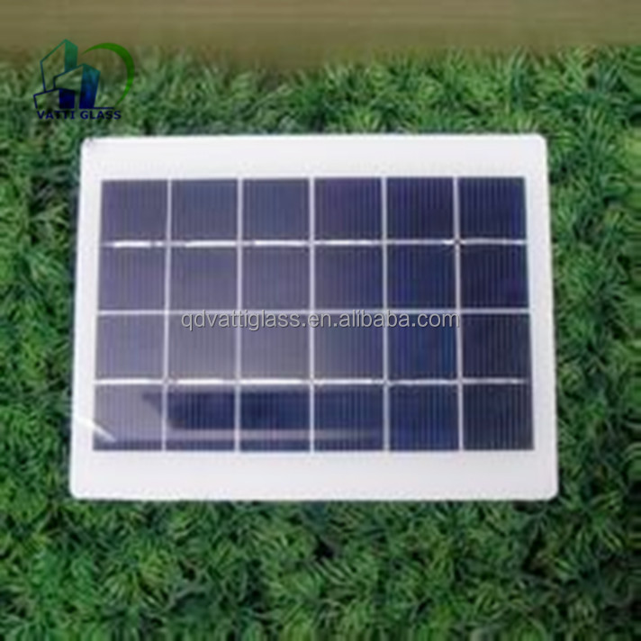 2mm 3.2mm Small size high transmittance Low-iron tempered glass Solar Mobile Charger Cover
