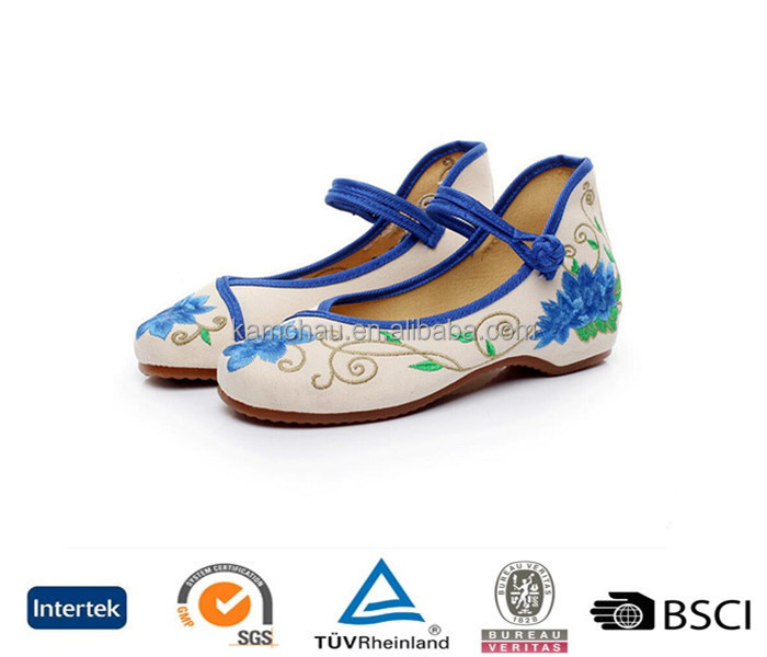 New arrive stylish model thin bottom silp on blue embroidered handmade women canvas loafer