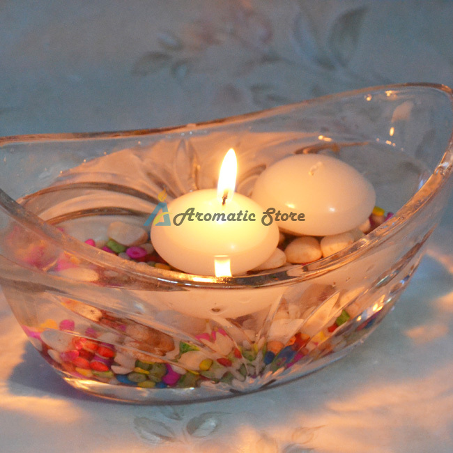 Decorative paraffin wax floating candle
