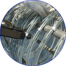 razor barbed wire/barbed wire/ BTO-22 Razor barbed wire fence hot sale