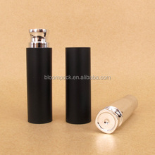 Comfortable Grip Fashion Cosmetic Lipstick Tube