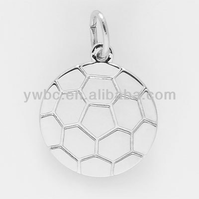 Wholesale silver round soccer ball charm (H50036)