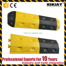 Durable Driveway road Safety Traffic Calming Reflective Rubber Driveway Speed Bump