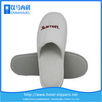 white disposable terry toeless slippers for hotel
