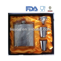 gift set whisky flask