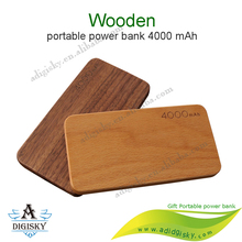 Best wooden case power banks 4000mah portable battery charger usb phone charger