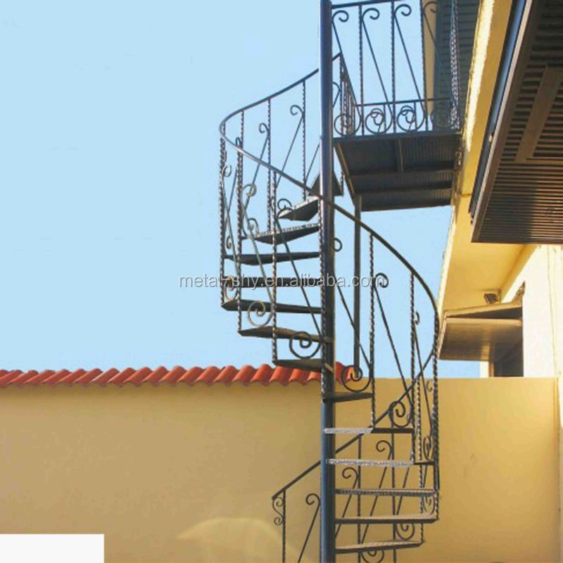 Outdoor wrought iron stair railing lowes wrought iron railings for iron stairs buy lowes for Lowes exterior wrought iron railings