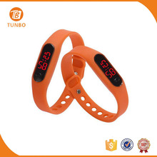 China manufaturer wholesale low price led sports digital watch