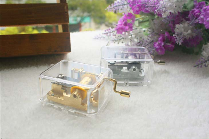 Rectangle hand crank acrylic music box for girlfriend