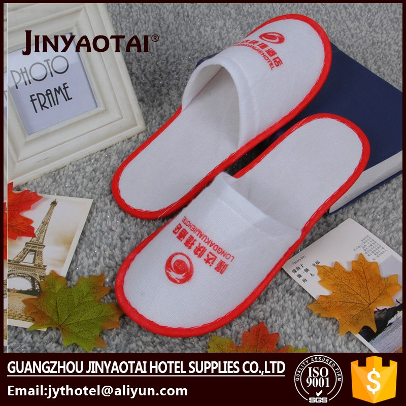 New type wear well Bathroom accessories hotel slipper for sale