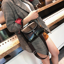 Wholesale designer inspired luxury leather young women handbags