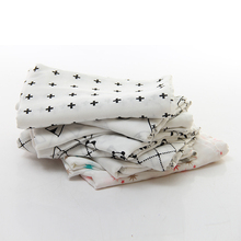 Soft fabric muslin swaddling blankets for babies