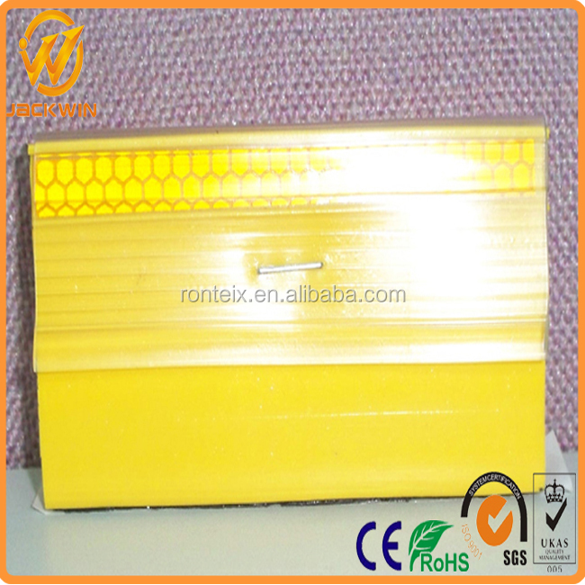 Yellow / White Reflective PU Raised Pavement Marker For Road Safety