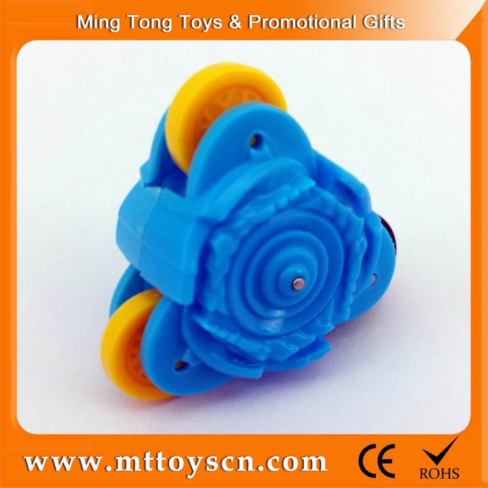 Popular kids toy plastic spinning top