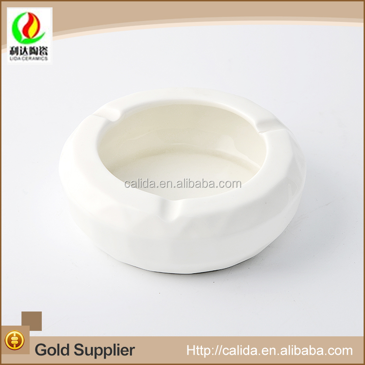 Durable simple and elegant nice ceramic ashtray fine dinner set porcelain