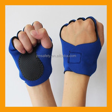 Trendy Style Half Finger Gloves for Bicycle Cycling Sports