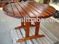 1.0m Round wooden table