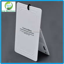 Wholesale plastic hang tags for clothing, thick paper tag made in China