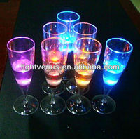 Romantic battery powered liquid active plastic LED crystal wine Glass