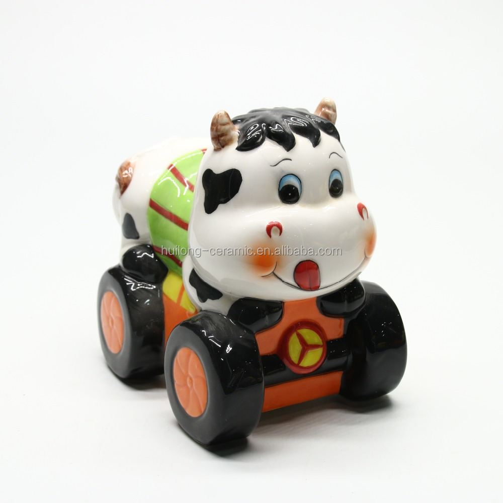 Direct factory produce wholesale hand painted OEM Art decor cute ceramic cow money bank