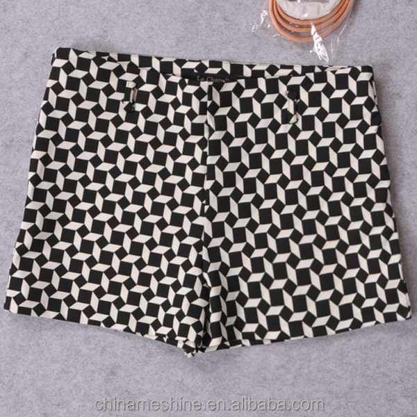 MS70013L Newly arrived women fashion rhombus pattern printed shorts sex women hot pants with belt