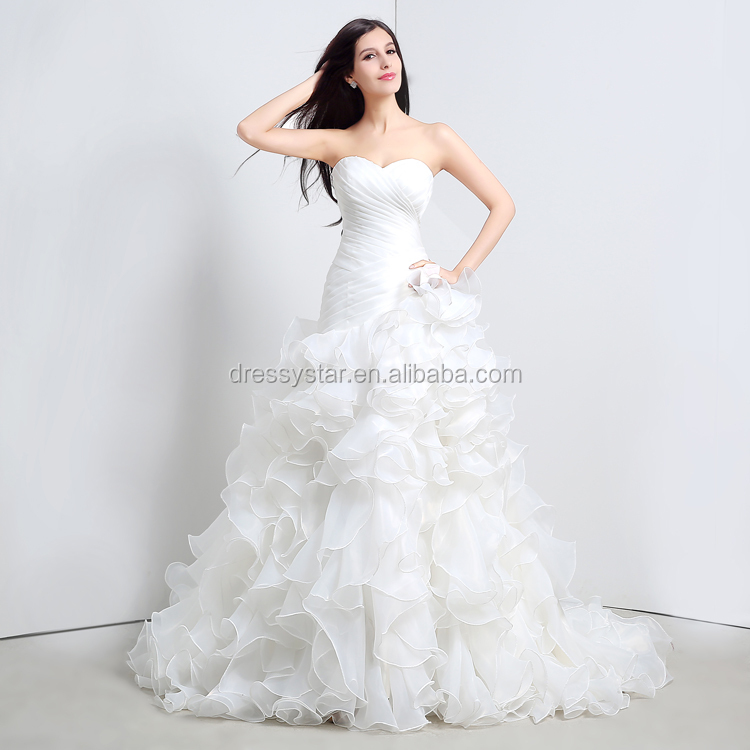 Elegant white sweetheart ruffles ball gown wedding dresses with chapel train