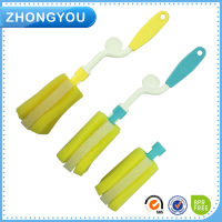 rotating handle cleaning brush