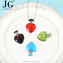 Free shipping mini glass perfume bottle pendant, perfume bottle charm necklace, essential oil diffuser necklace wholesale
