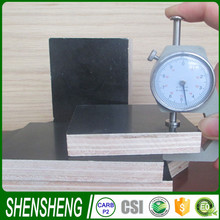 Poplar sheet Black or Brown raw materials for rubber sandals building plywood