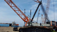 650ton Cheap Crawler Crane With High Quality
