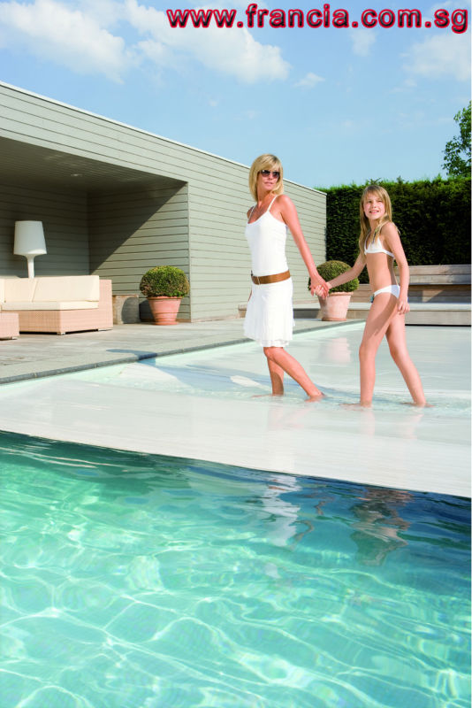 Motorised Swimming Pool Cover