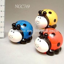 Ceramic ladybird piggy bank saving bank money box