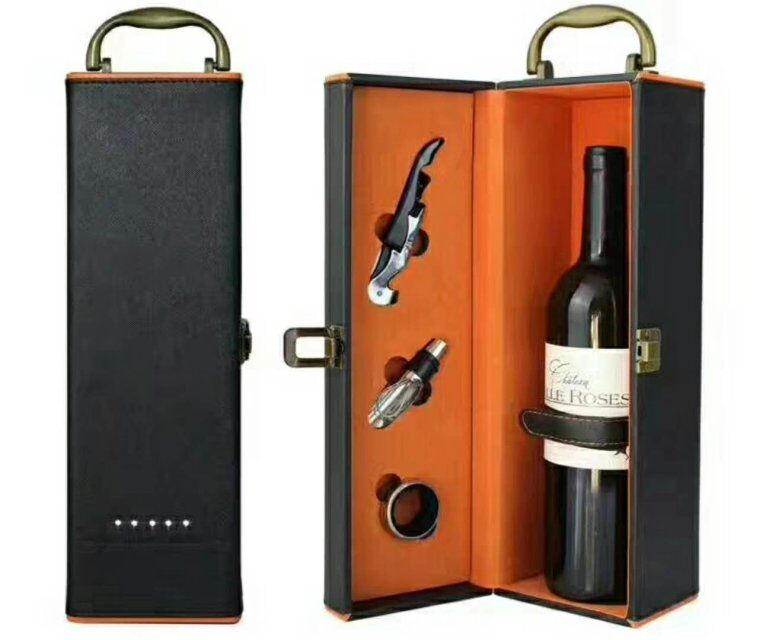 Luxury Design of PU Leather Wine Box With Wine Opener Set Gift Box