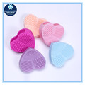 Hot selling new design heart shape silicone make up brush cleaner