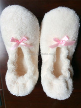 GCE579 white coraL flecce for latest girls slippers with ballet slippers wholesale for wedding favor slippers