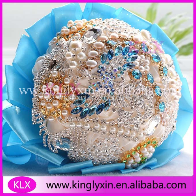Hot sale wedding blue flowers bridal bouquets with rhinestone from china