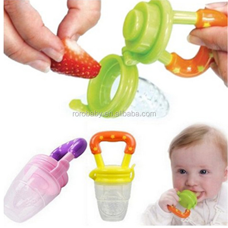 BPA free baby fruit feeder with silicone nipple